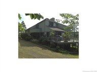 2 Cove Rd Moodus CT, 06469