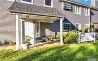214 River Dr Moriches NY, 11955
