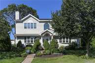 46 Shafter Ave Albertson NY, 11507