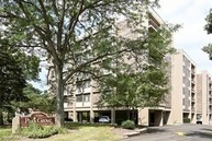1110 Grove Street 5a Downers Grove IL, 60515