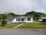 62 Yellow Finch Lane Honaker VA, 24260