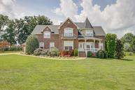 125 Plantation Dr Pleasant View TN, 37146