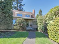 6937 Sw 31st Ave Portland OR, 97219