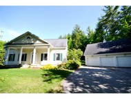 17 Deerwood Hollow Chester NH, 03036