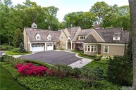 4 La Colline Dr Mill Neck NY, 11765