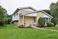 10 Lexington Avenue South Elgin IL, 60177