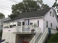 30 Hough Rd Old Lyme CT, 06371