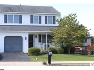 208 Evergreen Ln Fleetwood PA, 19522