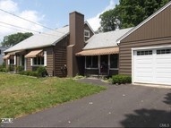 6 Lamar Road Danbury CT, 06811