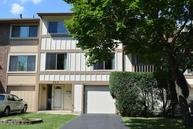 556 Chisholm Court Roselle IL, 60172
