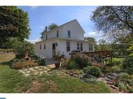 40 Pond Dr Andreas PA, 18211