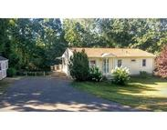263 Brookside Cir Northampton MA, 01062