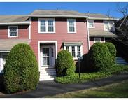 96 Laurelwood Dr Hopedale MA, 01747