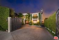 14633 Round Valley Dr Sherman Oaks CA, 91403