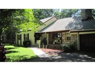 260 Knollwood Dr New Haven CT, 06515
