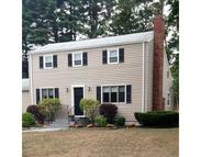 15 Meadow Dr Middleton MA, 01949