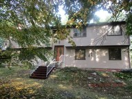 5 Indian Ledge Drive Trumbull CT, 06611