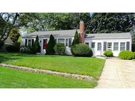 45 Friendly Rd East Greenwich RI, 02818
