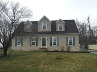 220 Ivy Dr Manchester PA, 17345