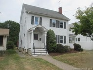 64 Woodmere Rd West Hartford CT, 06119
