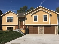 405 Golfview Dr Pleasant Hill MO, 64080