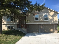407 Golfview Dr Pleasant Hill MO, 64080