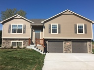 409 Golfview Dr Pleasant Hill MO, 64080