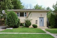 1672 Tanglewood Ave Hanover Park IL, 60133