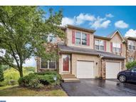 8 Dunkirk Ct Norristown PA, 19403