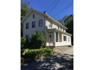 174 Rope Ferry Rd Waterford CT, 06385
