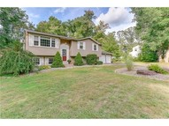 11 Lanz Ln Ellington CT, 06029