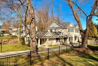 6326 Old Chesterbrook Rd Mclean VA, 22101