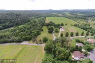 2115 Valley Rd Etters PA, 17319