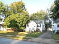 8 Oak Ave Elsmere DE, 19805