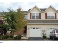 104 Hillcourt Dr Red Hill PA, 18076