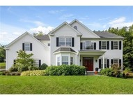 108 Country Woods Ln Southbury CT, 06488