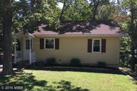 976 Eagle Pt Lusby MD, 20657