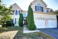 25768 Leonard Dr Chantilly VA, 20152