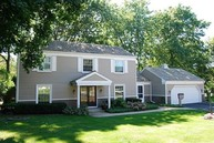 4 Pine Valley Road Rolling Meadows IL, 60008