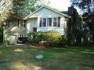 5 Lyndale Av Johnston RI, 02919