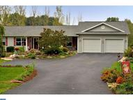 33 Pine Cone Dr Pine Grove PA, 17963