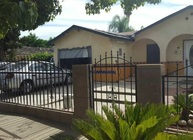 450 5th St Orange Cove CA, 93646