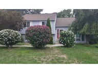 5 Jaime Dr Johnston RI, 02919