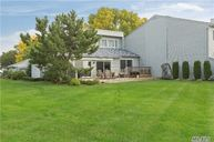 44 Harbour Dr Blue Point NY, 11715