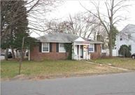 4 Wayne Dr Plainville CT, 06062