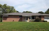 5 Holiday Dr Collinsville IL, 62234