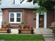 217 Meadowbrook Ave Upper Darby PA, 19082