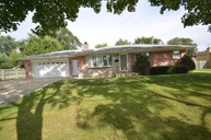 445 North Douglas Avenue Villa Park IL, 60181