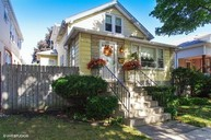5732 West Giddings Street Chicago IL, 60630