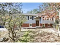 61 Perry Drive New Milford CT, 06776
